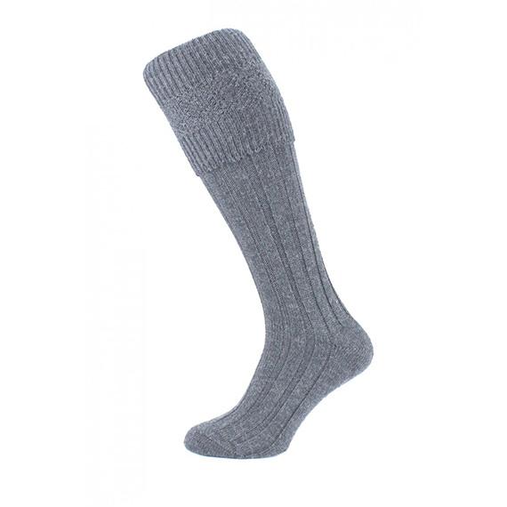 Шерстяные носки под килт серого цвета.