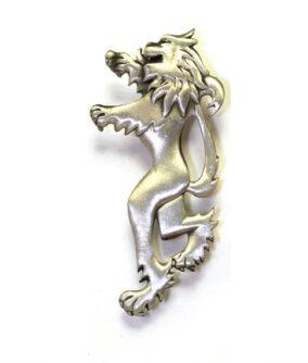Килтпин в форме геральдического льва