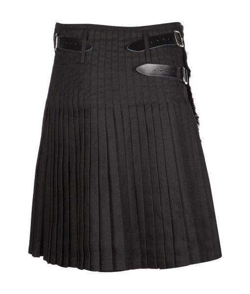 Килт «Plain Black» 8 ярдов, вид сзади