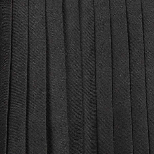Фрагмент складок ткани килта «Plain Black»